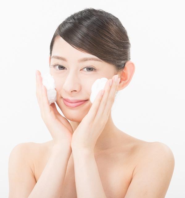 肌がきれいになる乾燥しない顔の洗い方 人気の洗顔石鹸 洗顔フォーム 洗顔ブラシ ランキング